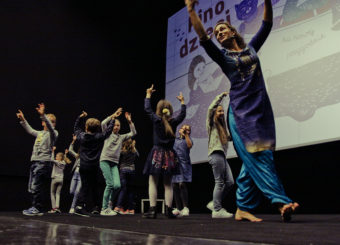 Warsztaty tańca indyjskiego z Magdą Niermsee w Kinie Praha, fot. Alicja Szulc